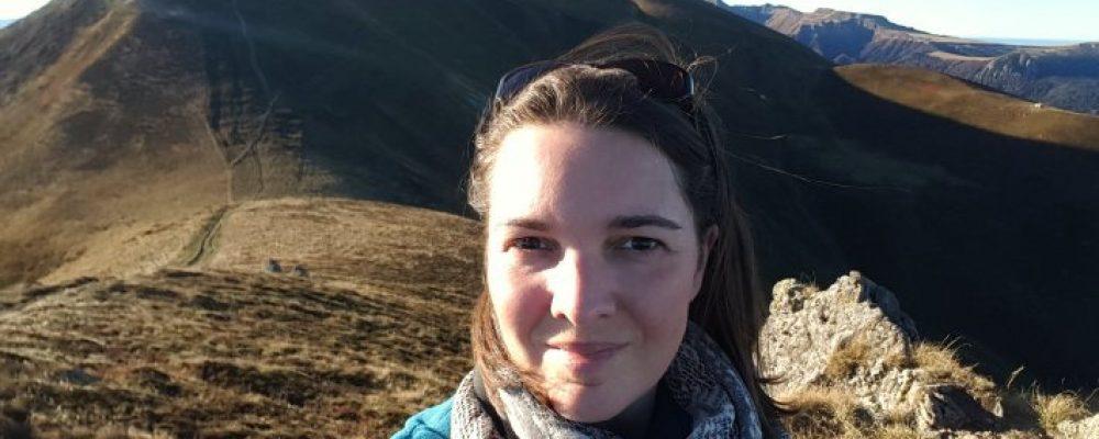 #Portrait Ghislaine, la Community Manageuse qui aimait le papier et … l'Auvergne