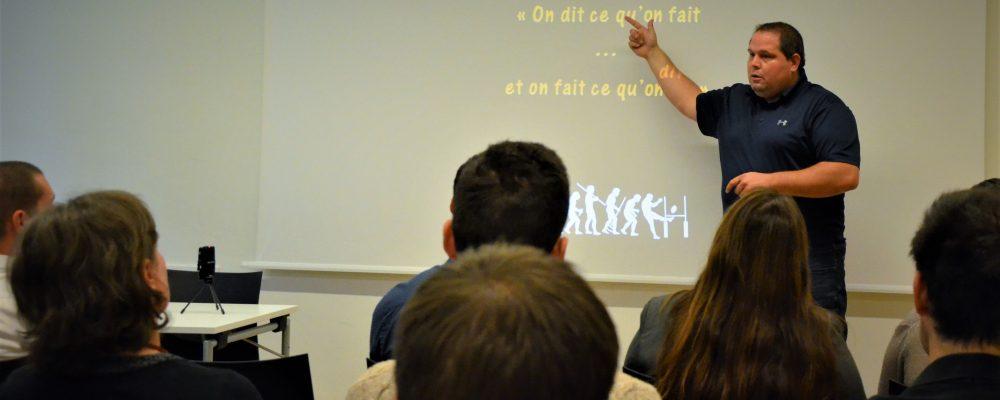 Compte-rendu / Flashcamp #17 «Votre équipe, la ressource la plus précieuse» – Vincent Huet [16/10/18]